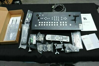 Kramer VP-727T Panneau de Contrôle pour console Vidéo avec télécommande et accessoires (usagé)