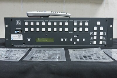 Kramer VP-747XL Console Vidéo avec télécommande (usagé)
