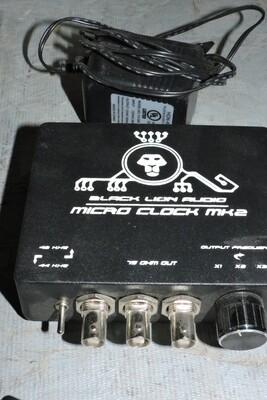 Black Lion MK2 Console Micro Clock avec PSU (usagé)
