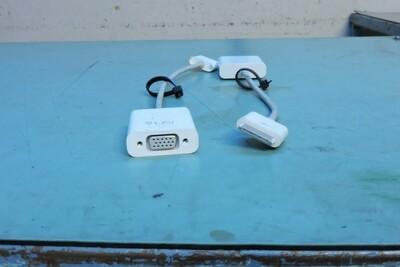 Adaptateur IPAD DOCK A VGA (usagé)