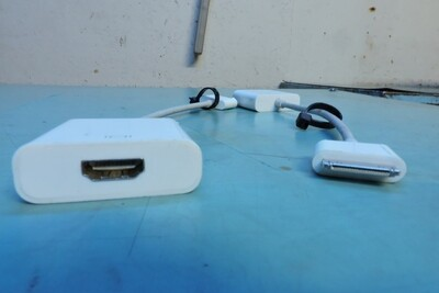 Adaptateur IPAD DOCK à HDMI (usagé)