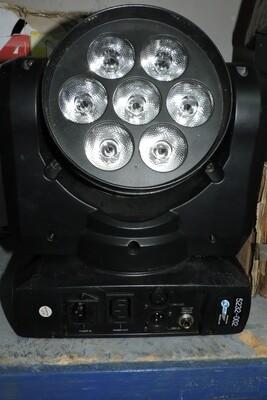 POUR PIÈCE INNO-COLOR-BEAM-QUAD-7 Moving au LED défectueuse (usagé)
