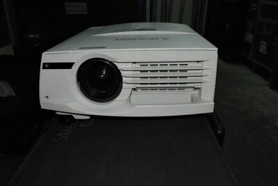 Mitsubishi XL5900U Projecteur vidéo 4000 Lumens (XGA) 1024x765 (usagé)