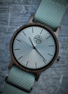 Mundial Grey (Zwart Sandelhout)