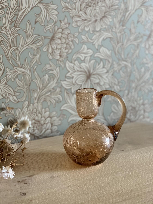 Petit vase en verre bullé rose ambré