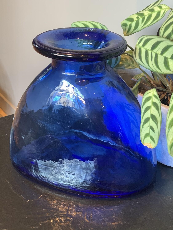 gros vase bleu