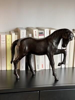 Sculpture cheval en cuir