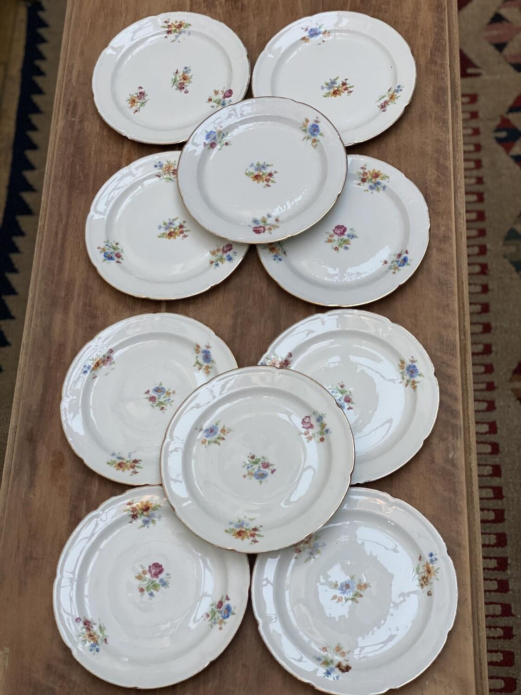 Lot de 10 assiettes à dessert en porcelaine