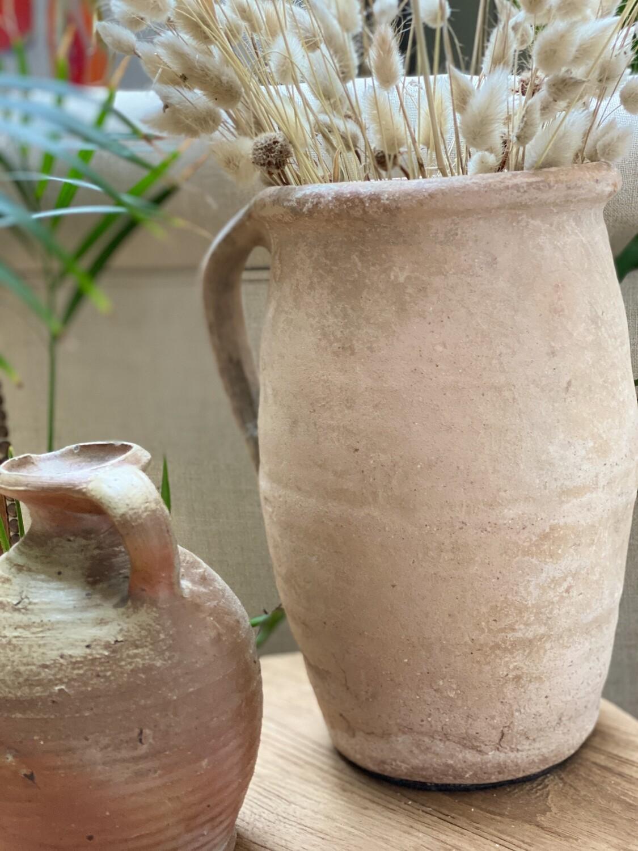 Pot en terre cuite ancien