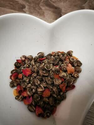 Cœur de thé vert aux pétales de roses 100g