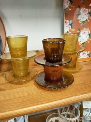 Tasses à café et sous tasses