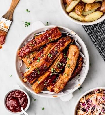 SUGGESTIE - Ribbetjes met aardappelen en koolsla