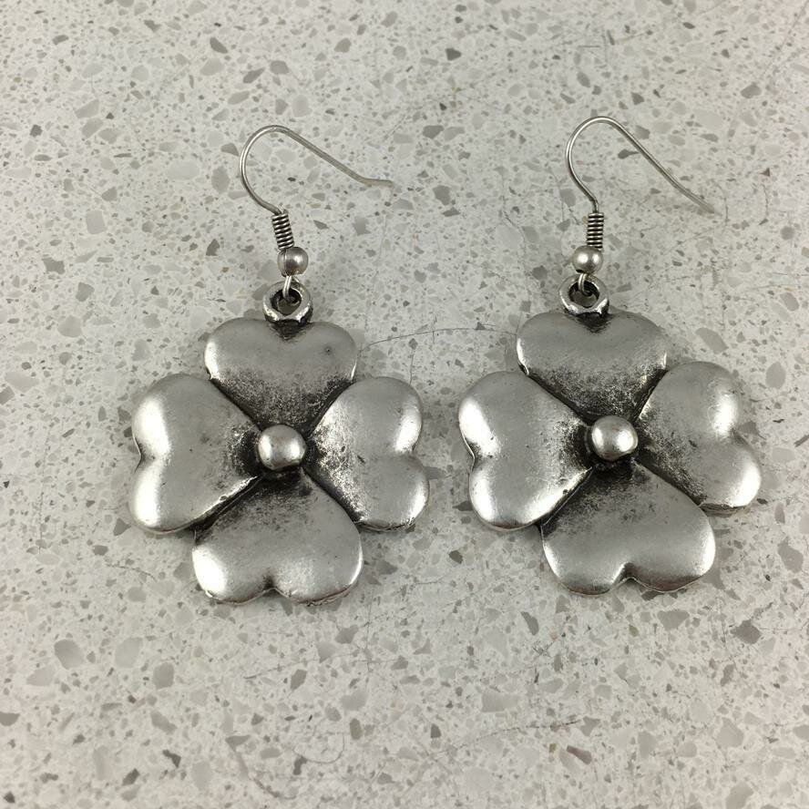 BE-5421 - Silver Plated Earring