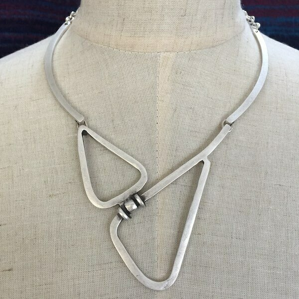 OTN-1387 - Silver plated necklace