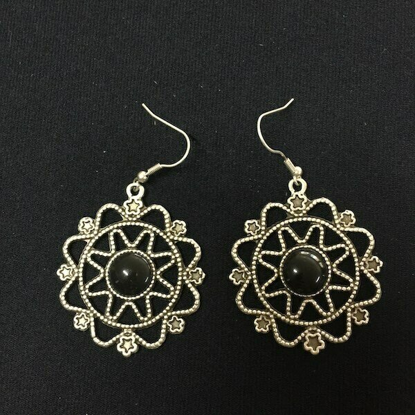 OTE-3319 - Silver plated earrings