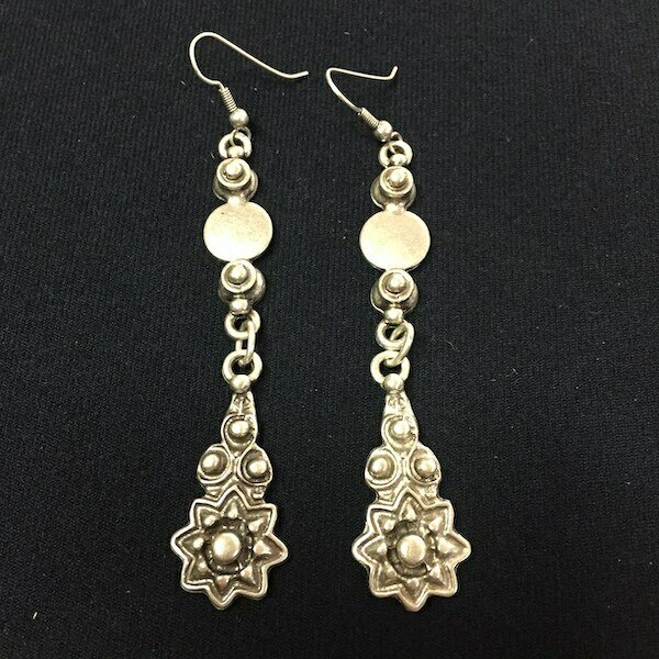 OTE-3152 - Silver plated earrings