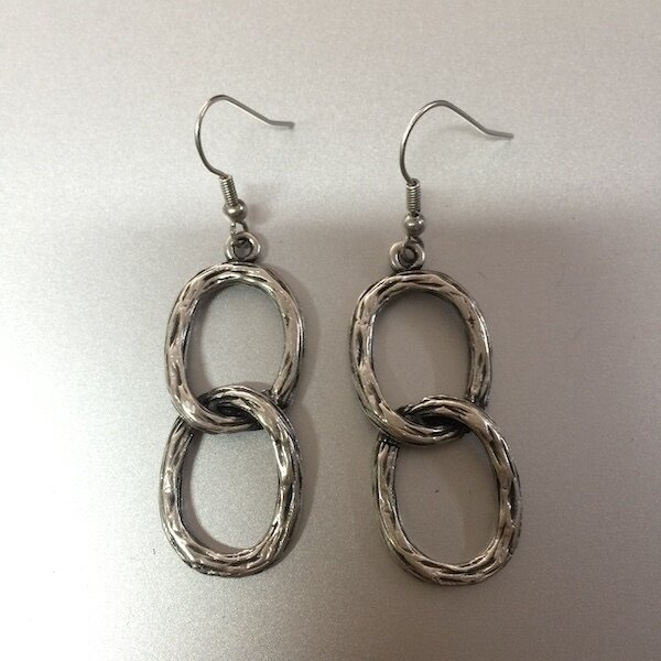 OTE-3079 - Silver plated earrings