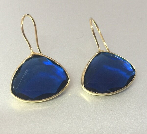 BE-45027 - Silver & Gold Plated Stone Earring
