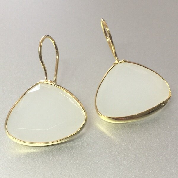 BE-45028 - Silver & Gold Plated Stone Earring