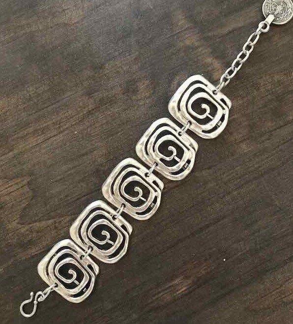 OTB-2253 Silver plated bracelet