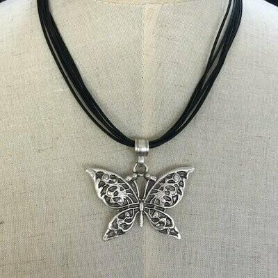 OTP-1900 - Pendant necklace