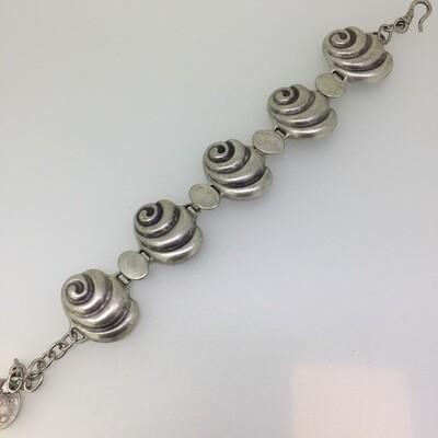 A-3081 Silver plated bracelet