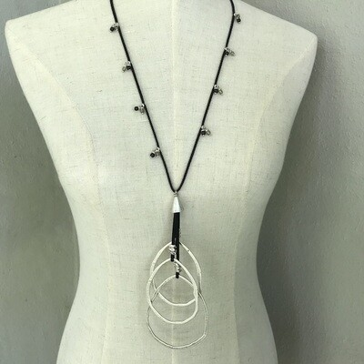 BN-1913 Silver plated necklace