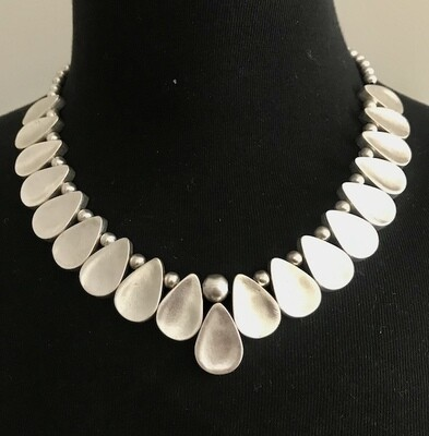 OTN-39 Silver plated necklace