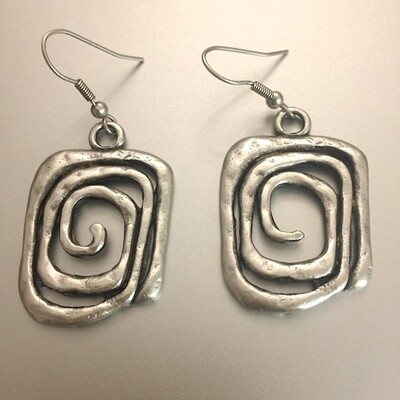 OTE-3052 - Silver plated earrings
