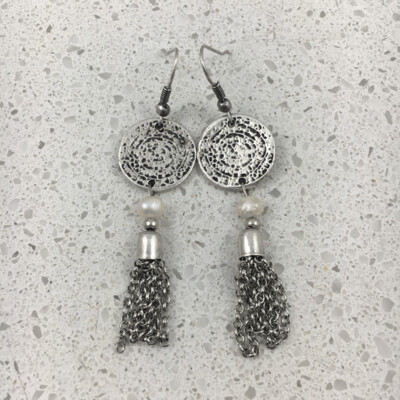 B501 - Silver Plated Earring