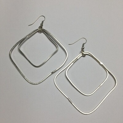 OTE-4137 Silver plated earrings
