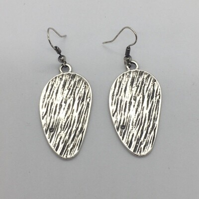 BE351 - Silver Plated Earring