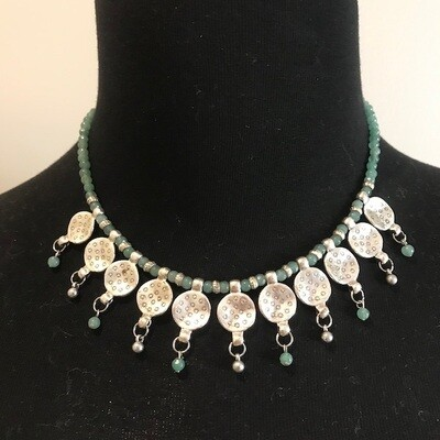 32274-1GRN - Silver & Gold Plated Stone Necklace