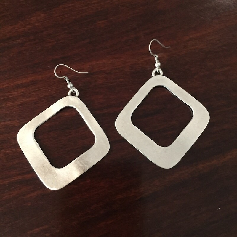 OTE-114 Silver plated earrings