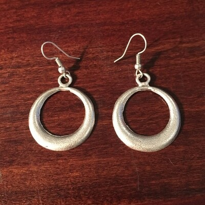 OTE-3081 - Silver plated earrings