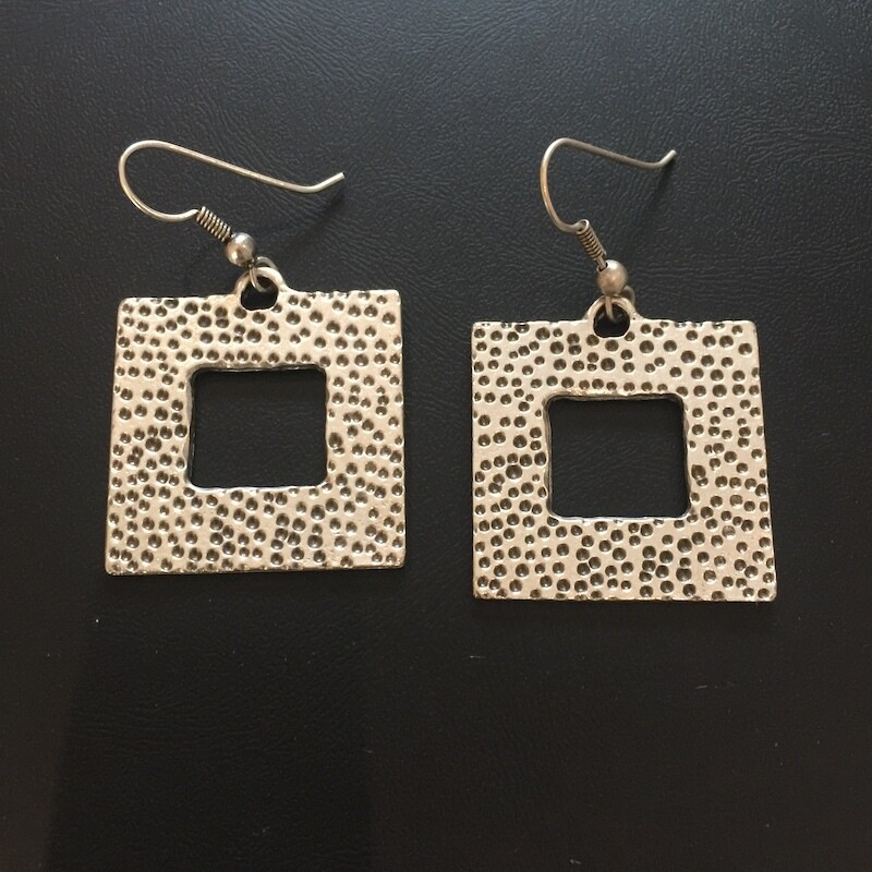 OTE-118 Silver plated earrings