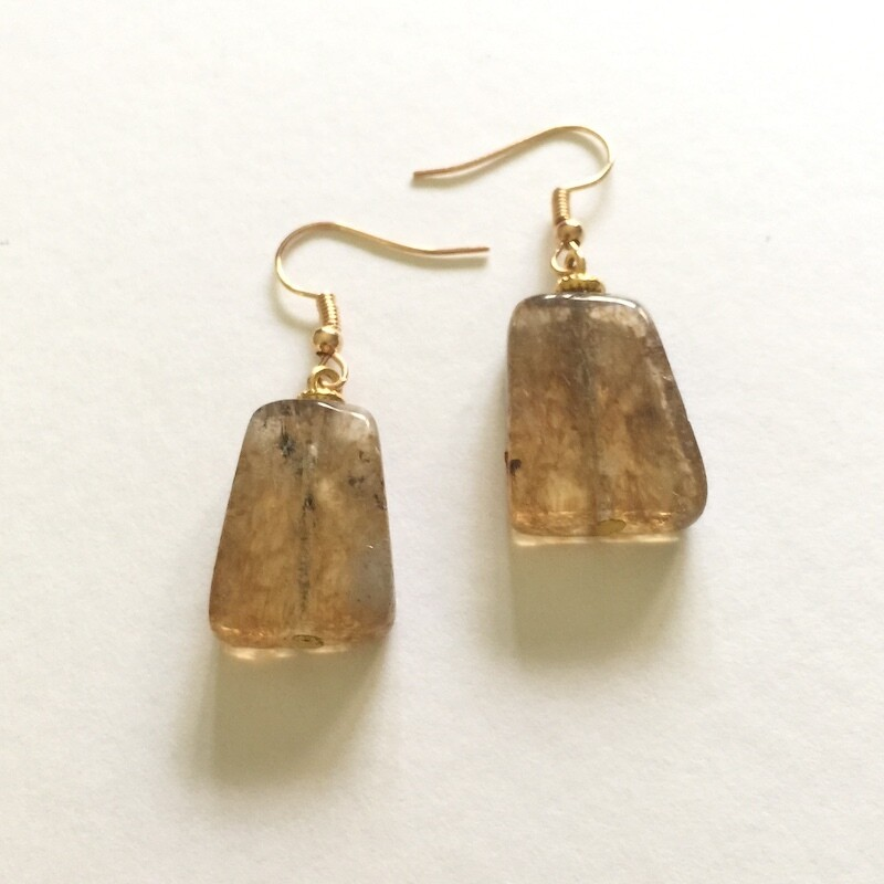 LHE-20 Gold plated stone earrings