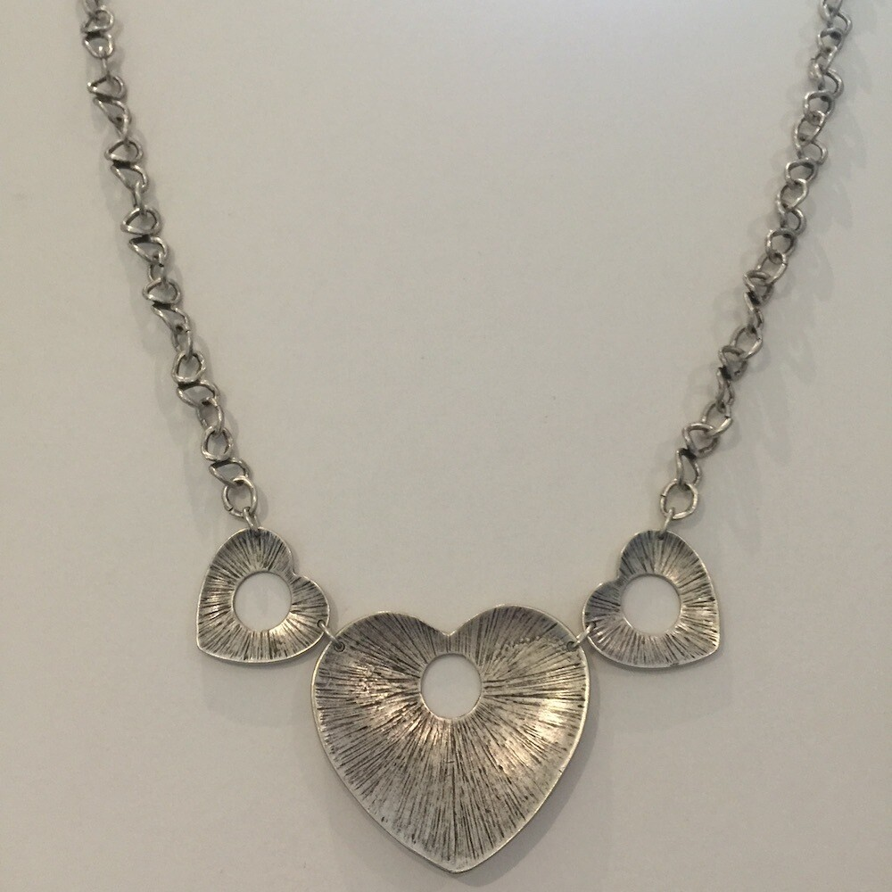 LHN-75 Silver plated necklace
