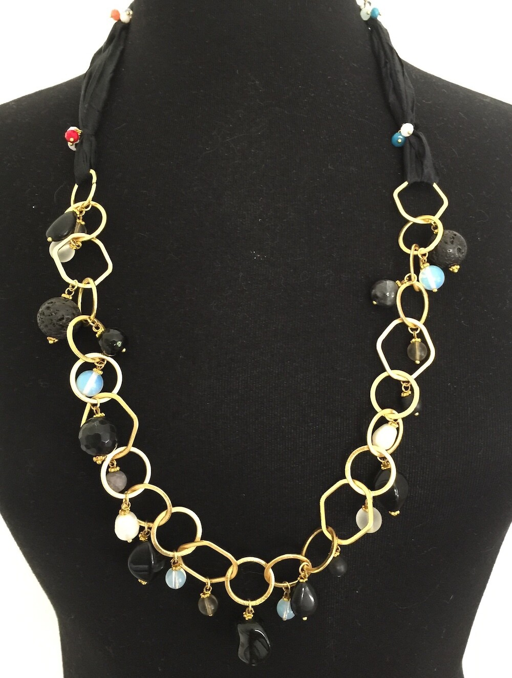 BN-52476 Gold plated stone necklace
