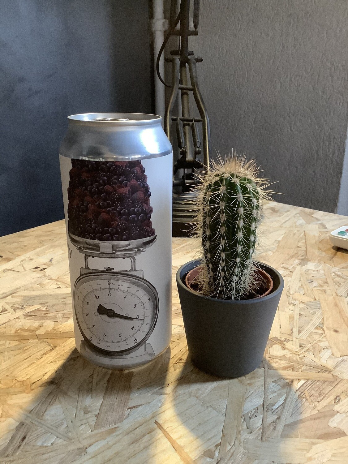 Trillium - Twice the Daily Serving: Black Currant, Blackberry and Boysenberry - 7% - 47,5cl