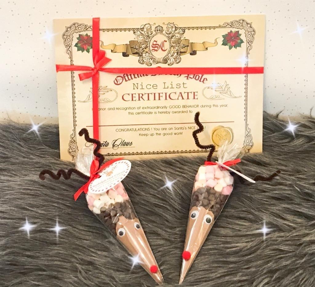 Reindeer Hot Chocolate & Personalised Nice List Scroll Set