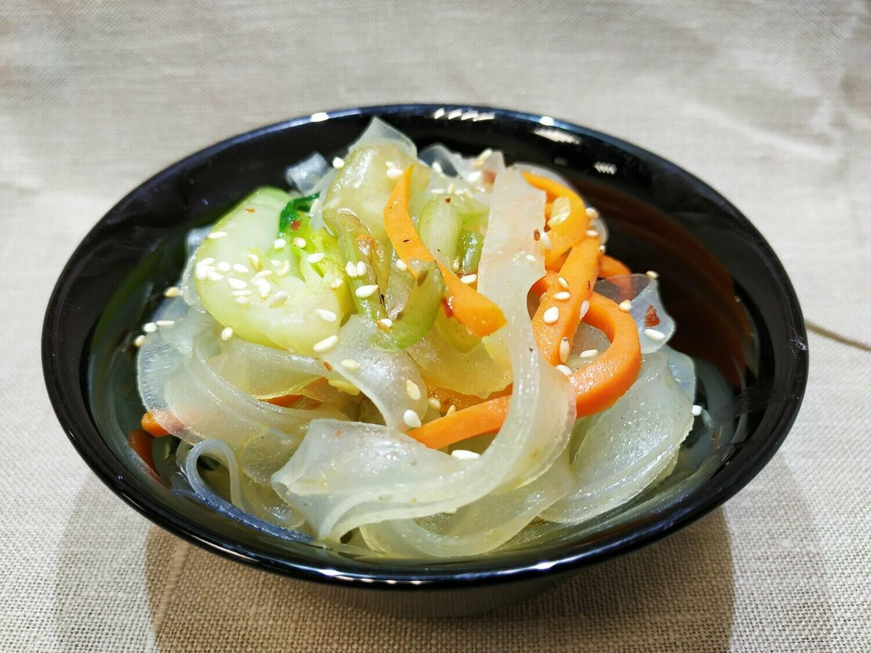 Бобовая лапша с овощами по китайски