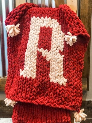 Single Letter Chunky Knit Blanket