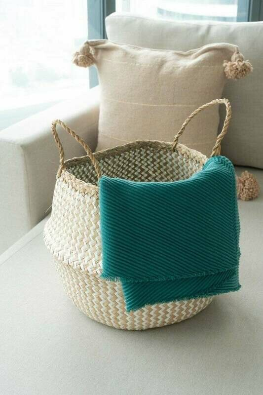 White Seagrass zig zag handmade basket