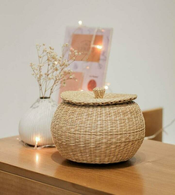 Braided Handwoven Natural Round ball Jar Holder with lid