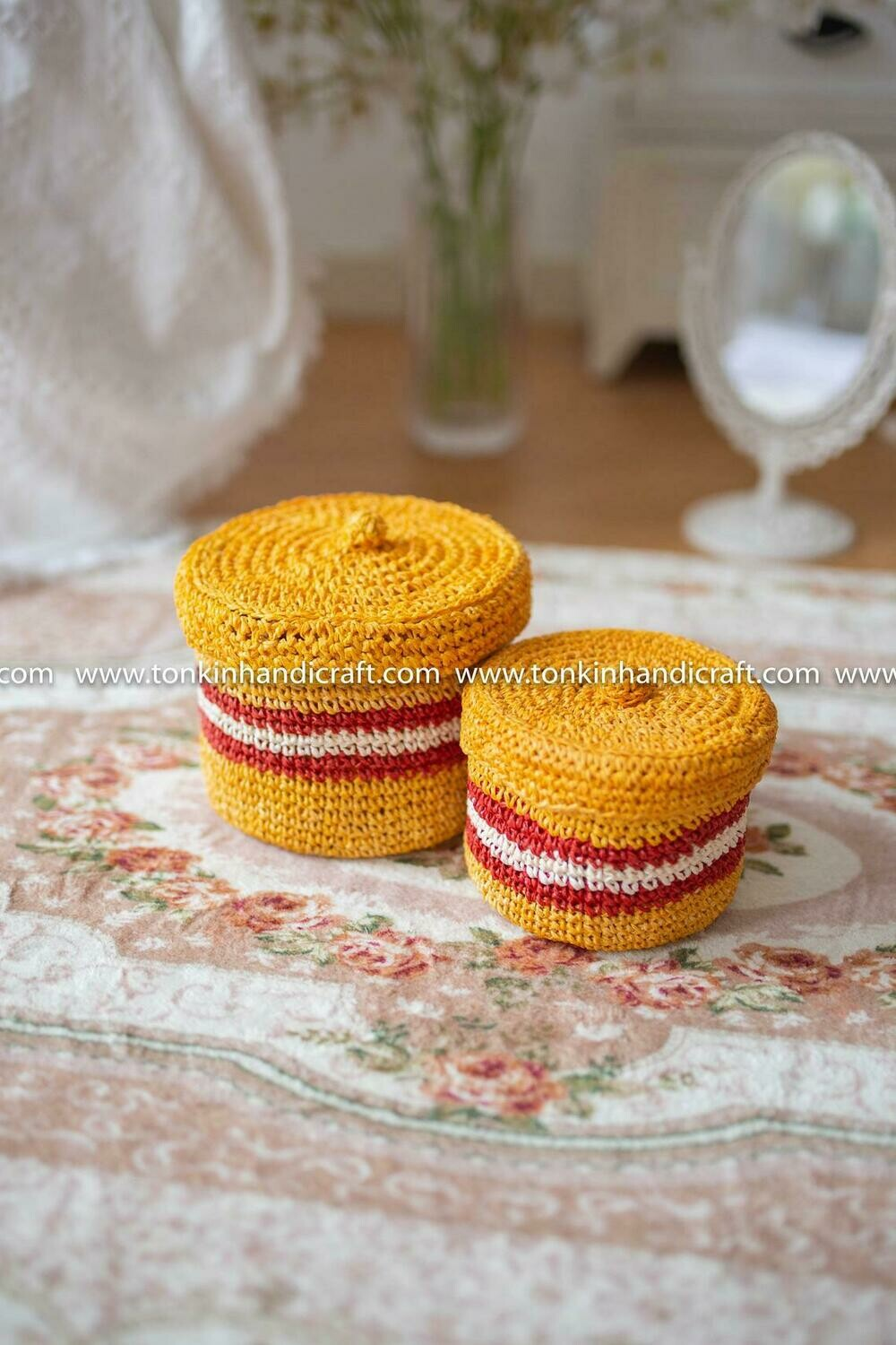 Set of 2 Braided Handwoven Natural Round Holder basket with lid