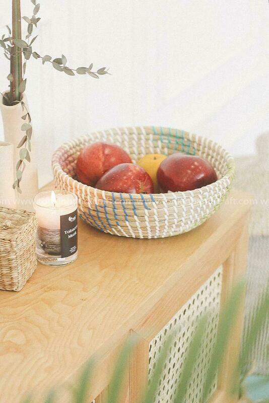 Hand Woven Seagrass Round Decorative Bowl