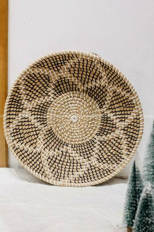 Floral Seagrass weaving handmade Wall decoration