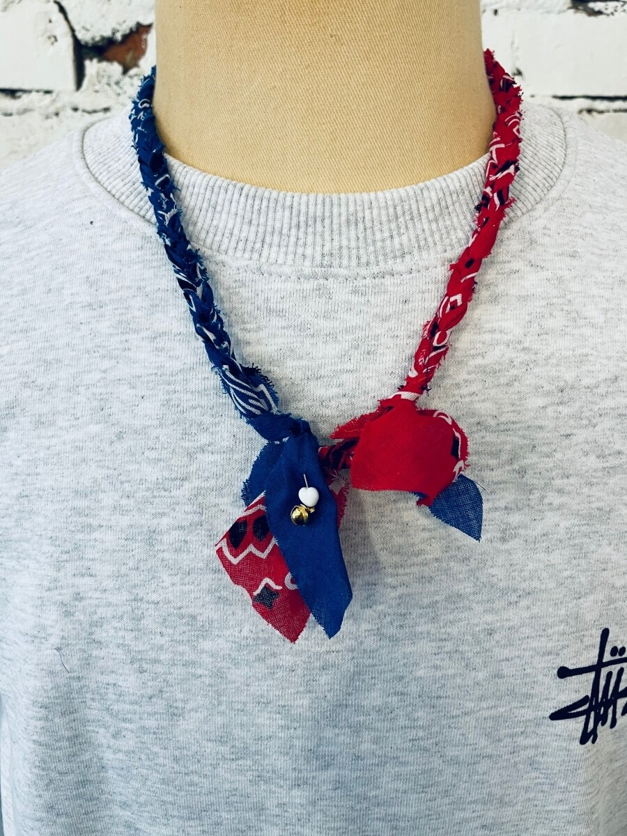 Saturdays & Sundays vintage necklace - Navy / Red