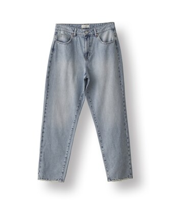Norr New Kenzie Relaxed Jeans Light Blue Wash
